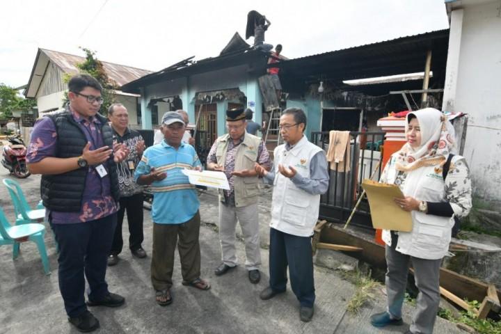 Salurkan Zakat Karyawan, UPZ Pupuk Kaltim Blusukan Tiap Bulan Sikapi Kondisi Sosial di Bontang