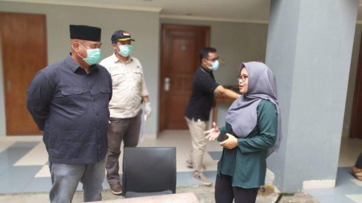 Bupati Kukar Edi Damansyah ke Area Isolasi Pelajar dan Mahasiswa, Tiba dari Daerah Pandemi Corona