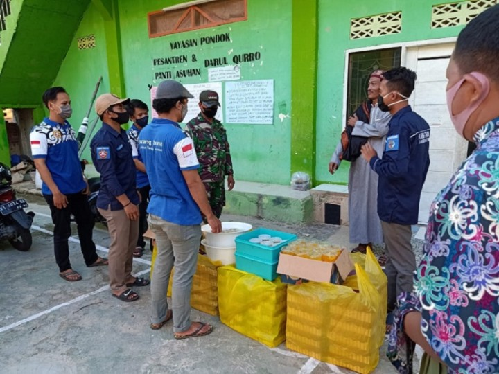 Peduli Kemanusiaan, Karang Taruna Tanjung Laut Indah Berbagi di Bulan Ramadan
