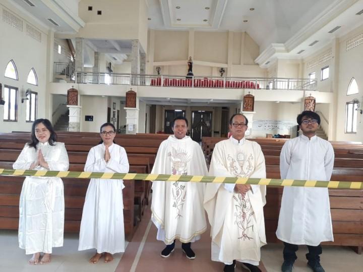 Peringati Kenaikan Isa Al Masih, Jemaat Gereja Khidmat Ibadah via Live Streaming