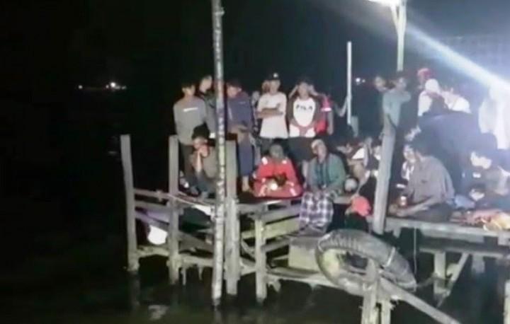 Gadis 14 Tahun Hilang Usai Berenang di Sungai Mahakam