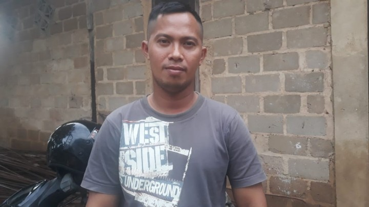 Kisah Kadir Menyapu Jalanan Bontang Sejak Belia ; Putus Sekolah & Terpaksa Bekerja