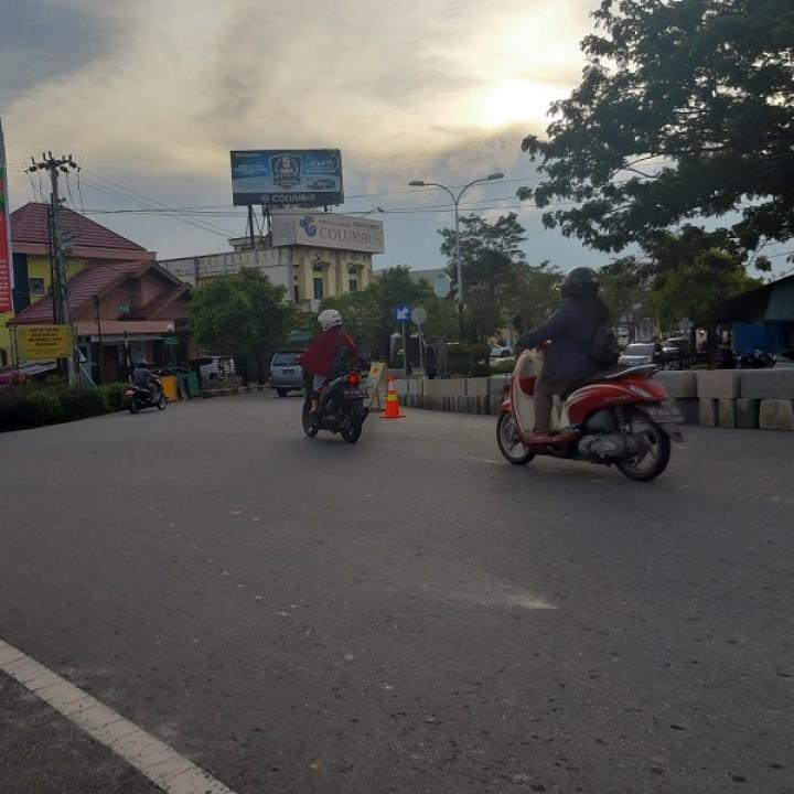 Pembatasan Jalan di Simpang Pattimura, Pengendara Mengaku Tak Was-Was Lagi