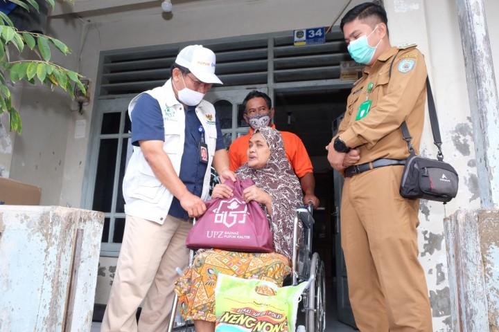 Blusukan UPZ Pupuk Kaltim Bantu Pengobatan 6 Mustahik di Bontang
