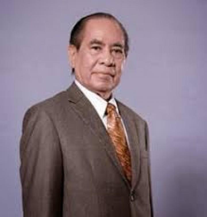 Kiprah Yurnalis Ngayoh, Pengganti Gubernur Suwarna yang Terjerat Korupsi & Komisaris Pupuk Kaltim
