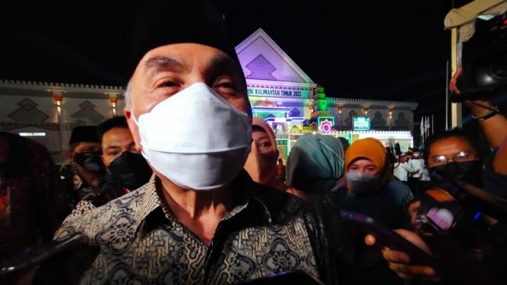 Jalan Poros Bontang - Samarinda Rusak, Isran : Biasa Aja Itu, Yang Luar Biasa Kalau Baik Jalannya