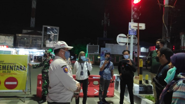 Imbas Penutupan Jalan, 200 Porsi Bakso Mira Tak Laku