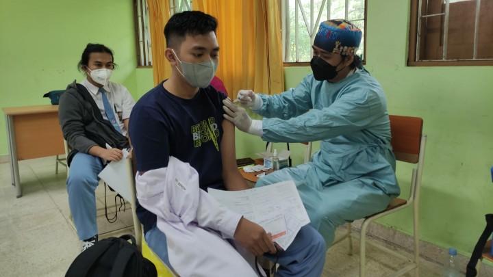 BINDA Kaltim Salurkan Vaksinasi ke  2.500 Pelajar dan Warga Bontang