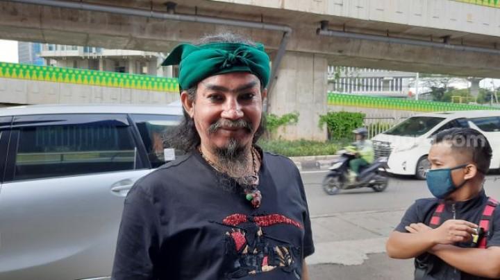 Dikepung 300 Orang Pakai Parang, Master Limbad Islamkan Puluhan Orang dalam 3 Jam