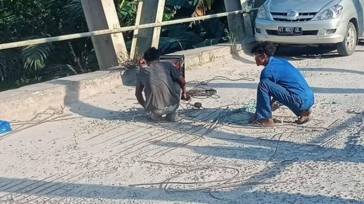Viral di Medsos, Jembatan Santan di Marang Kayu Rusak Parah, Ini Penjelasan Pemkab Kukar